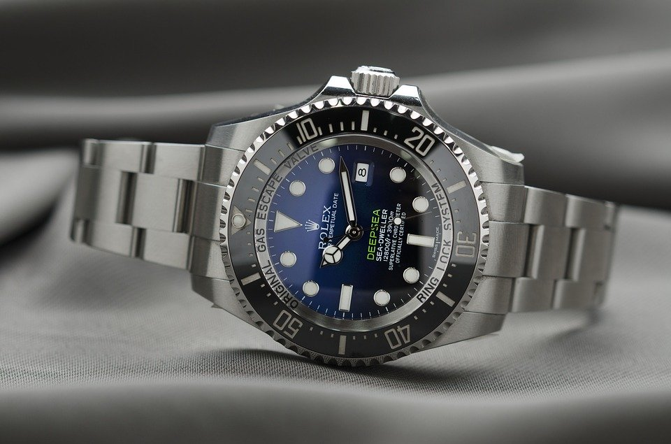 Conseils pour prolonger la durée de vie de votre montre de luxe
