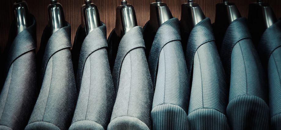 Les règles pour acheter un costume : Guide d'achat